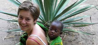 Jorien with Chimwemwe