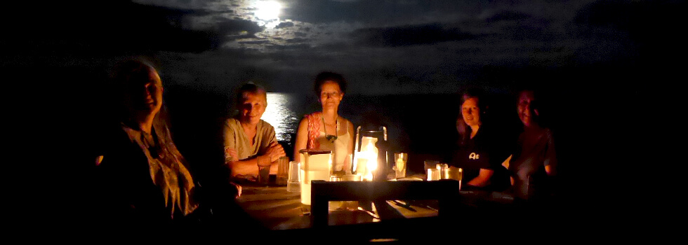 Make sure you bring a headtorch as there's no mains electricity, and volunteers love eating their dinners by the light of paraffin lamps