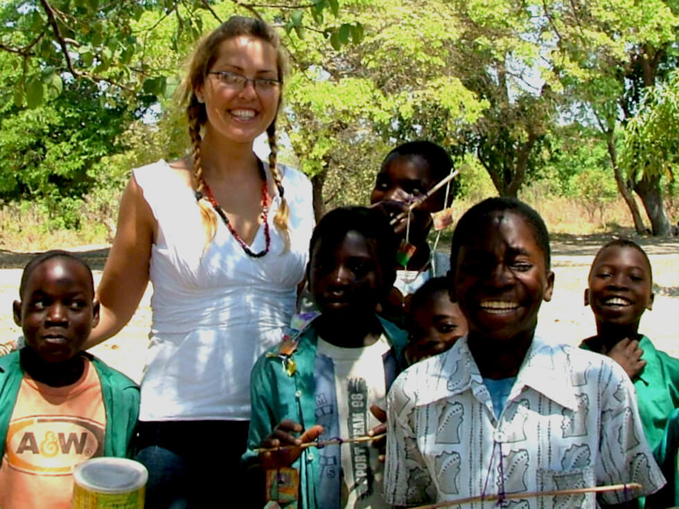 Rhiannon with her wonderful students at Mazembe Primary School