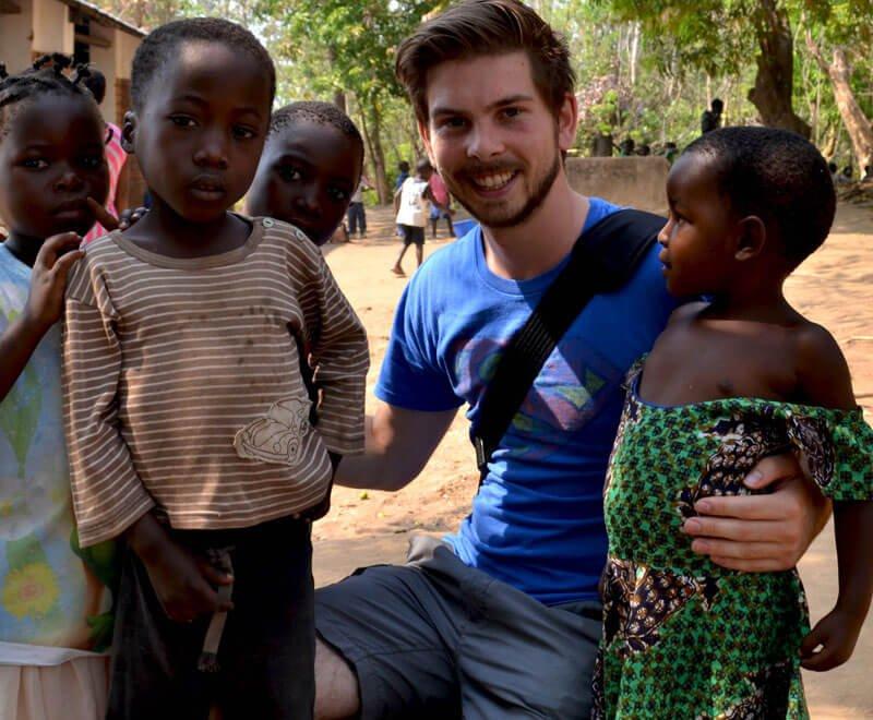 education-volunteer-ripple-africa-malawi