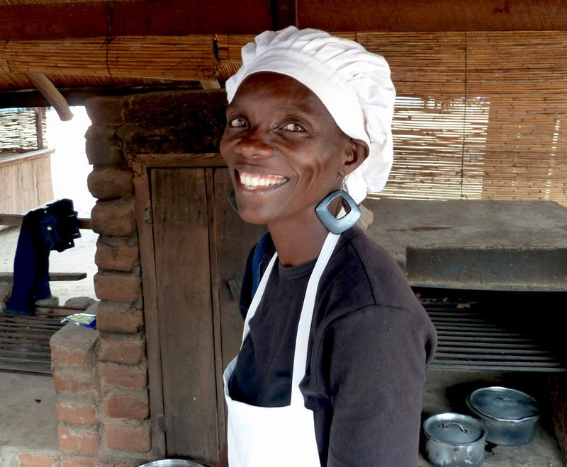 Lowani host Esther who cooks and looks after group volunteering visitors